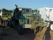 1971 AM GENERAL M945