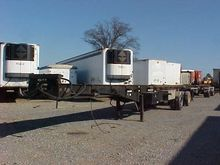 1997 BENLEE 48 FT SPREAD AXLE R