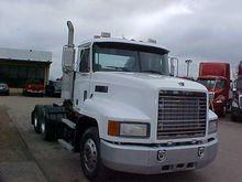 Used 2000 MACK CH613