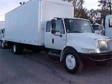 2004 INTERNATIONAL 4400