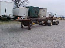 1992 BENLEE TRI-AXLE ROLL OFF