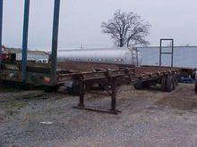 1996 CLARK 45 ft LOG TRAILER