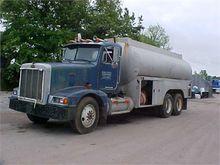 1993 PETERBILT 378