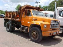 Used 1985 FORD F800