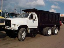 Used 1987 FORD F800