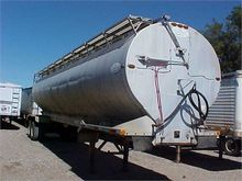 1997 PINSON BULK FEED TRAILER