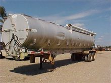 1996 PINSON BULK FEED TRAILER