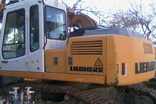 2000 Liebherr R900B