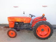 1982 UTB 445 Orchard tractor