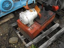 """1HP Hydraulic Unit with 8"""" X 17"""