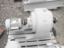 GE In-Line Reducer with Shovel