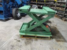 Advance 2500 Lb. Scissor Lift