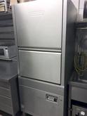 HOBART UX 30 ESB Dishwasher