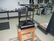 Historic binding press