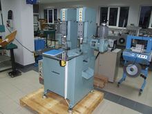 Two head corner cutter for hard