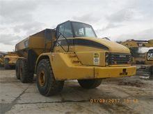 2002 CATERPILLAR 740