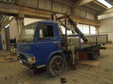 FIAT Trucks O.M. 100 with Crane