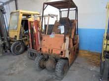 Used FORKLIFT TYPE D