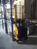 Lift Electric and N. 2 Pallet
