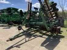 Used Deere 335 for sale  John Deere equipment & more | Machinio