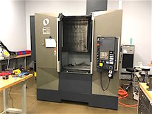 MAKINO F5 VERTICAL CNC MACHININ
