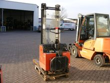 Used 2002 BT LSV 125