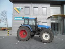Used 1999 HOLLAND 82