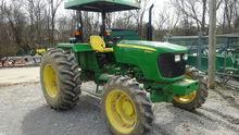 2013 John Deere 5065E
