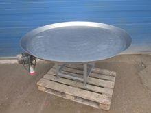 Round table Ø 160cm.