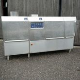 Electrolux WT-150 crate washer.