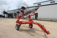 Used Kuhn SR110 in D
