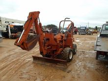 DITCH WITCH 4010 TRENCHER, VIN/