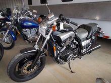 1996 YAMAHA VMAX MOTORCYCLE, VI