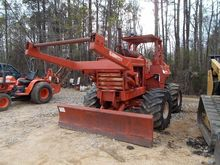 Used DITCHWITCH R100