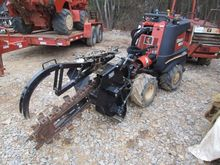 DITCH WITCH TRENCHER, VIN/SN:T8