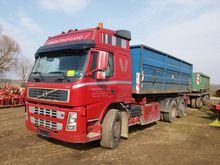 2000 Truck with trailer Volvo F