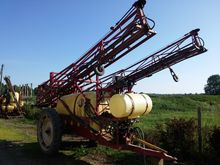 Trailed sprayer Hardy 2400 ltr.
