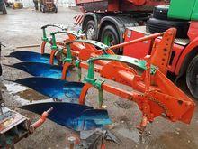 Kverneland round frame Plough 4