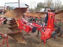 """Reversible plow """"KM 180 H AKPIL"""