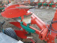 Reversible plow Kverneland, 4x4