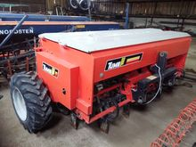 Disc seed drill Tume KL-2500 SC