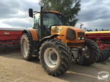 Used 2005 Tractor Re