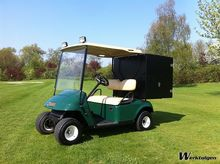 Golf cart With closed container