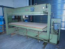 Schubert heated wood press