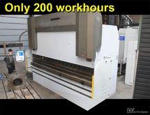 Ermak 400 ton x 4100 mm CNC