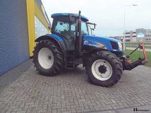 2005 New Holland TS135A