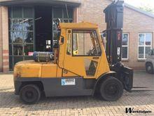 Used 2002 TCM FG50T-