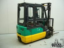 Used 2007 Komatsu FB