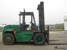 Used 1993 Hyster H9.