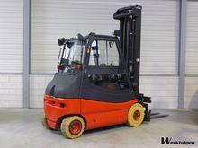 Used 2009 Linde E25-